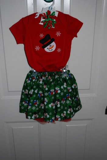 Onesie with Snowman applique, cover skirt, red tutu and red & green spiral hair bow